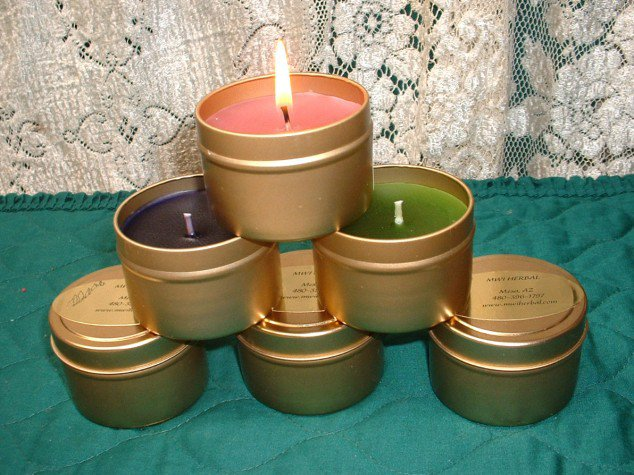Make AttravelCandles Creative DIY Ideas to Decorate A Candle