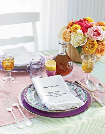 Mother's Day Place Setting Mother's Day Crafts Ideas That She'll Treasure