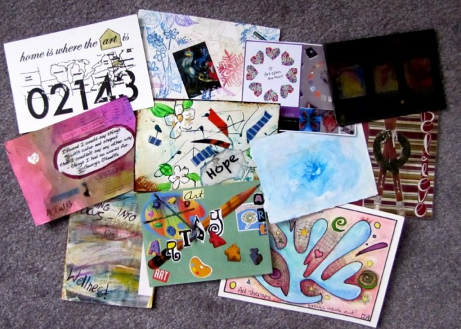 postcard-art-craft Art Therapy: How to de-stress yourself with Art & Craft