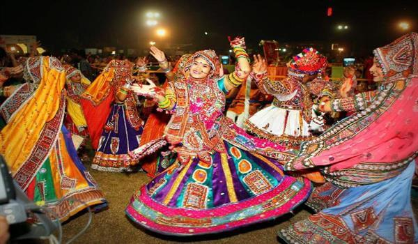Gujrati Women's 'chaniya' for Garba Traditional Indian Dresses for Womens to Wear at Festivals