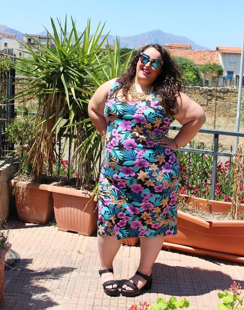 bodycon-midi-dress Learn To Wear Maxi Dresses And Midis When You Are Plus Size