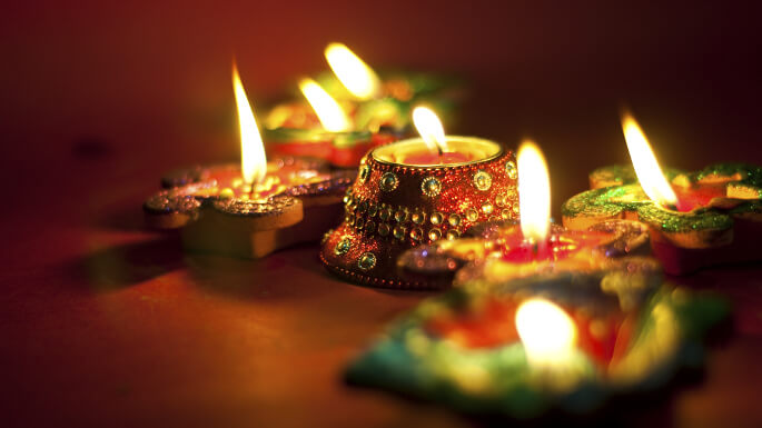 Clay Diya Decoration Ideas To Make Your Diwali Special