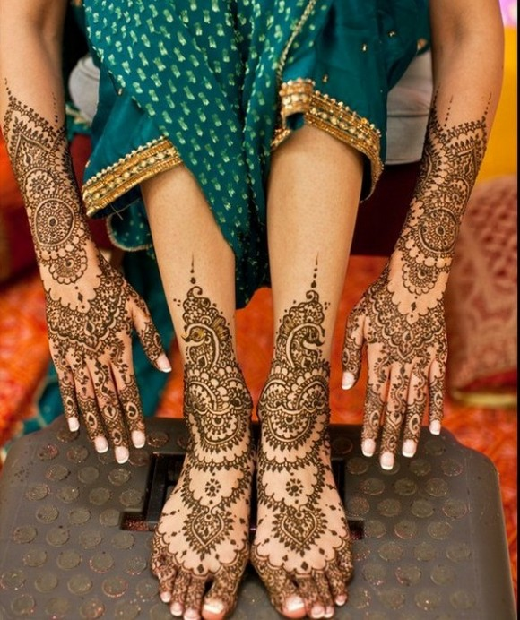 dulhan-mehndi-design-for-makar-sankranti-Celebrate Navratri With Mehendi Designs
