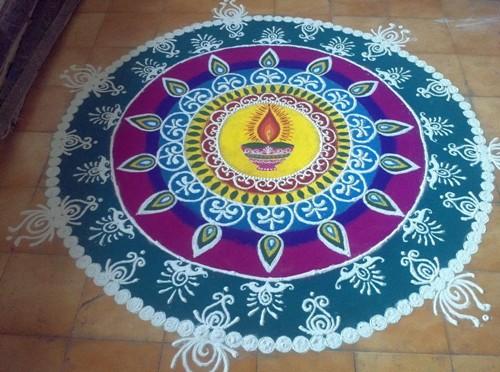 freehand-rangoli-designs-Beautiful Rangoli Ideas for Diwali