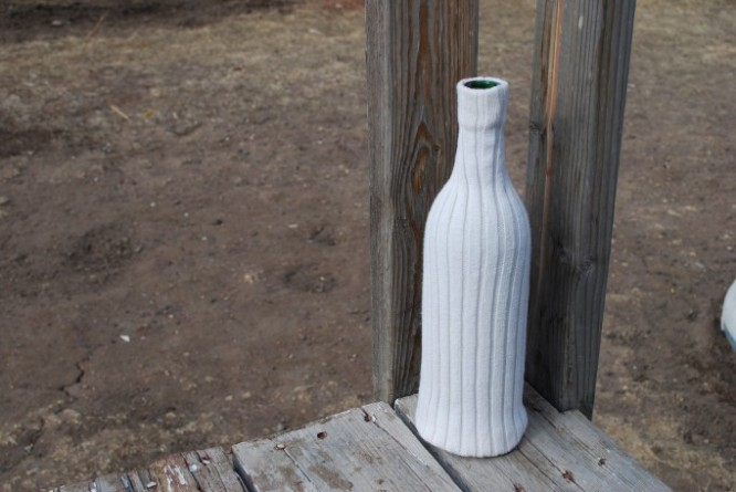 sweater-vase-tut-9-Learn to Make Recycled Sweater Vase with Old Sweater and bottle