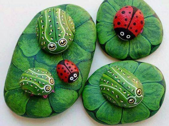 Lady birds and frogs Decorative Stones Decorative Stones & Gravel, Paint Craft Ideas