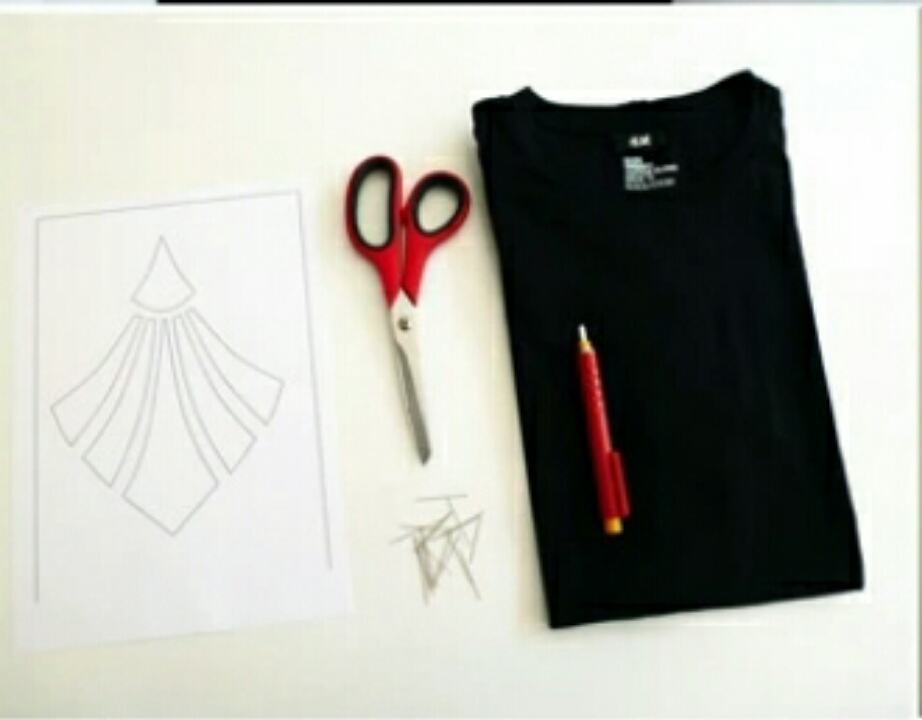 DIY GEOMETRIC CUT-OUT TEE Geometric Cut Out Tee
