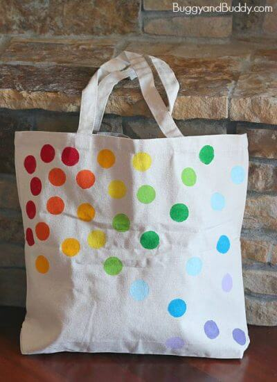 diy-tote-bag Holiday Simple Gift Giving Ideas Kids Can Make
