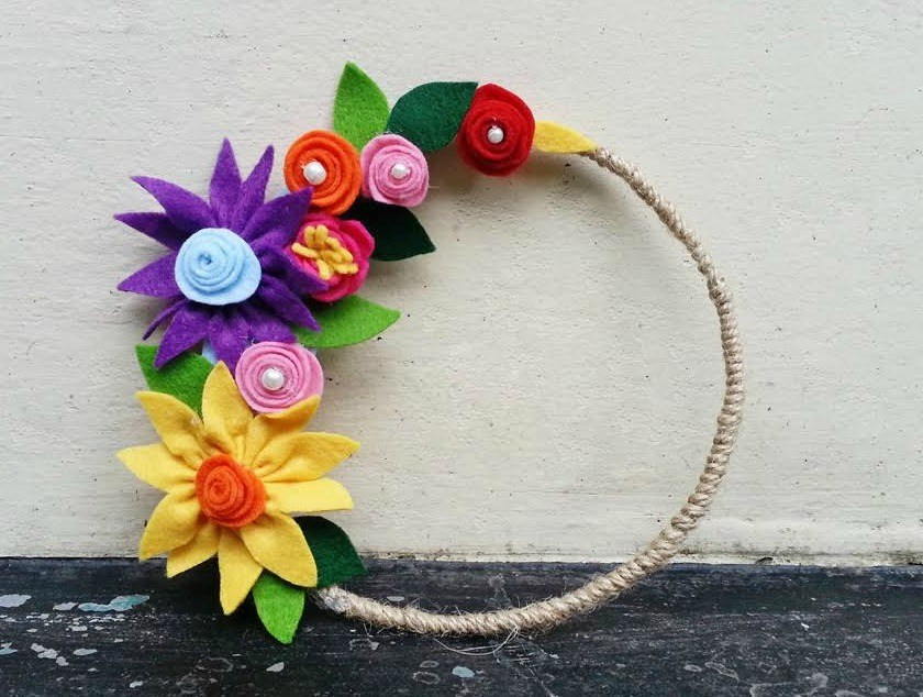 DIY : Learn to Make Beautiful Flower Using Felt