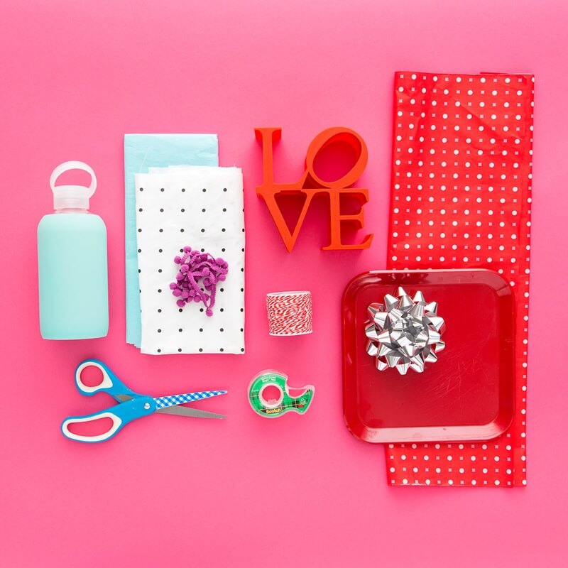 materials DIYWrapping Oddly Shaped Gifts