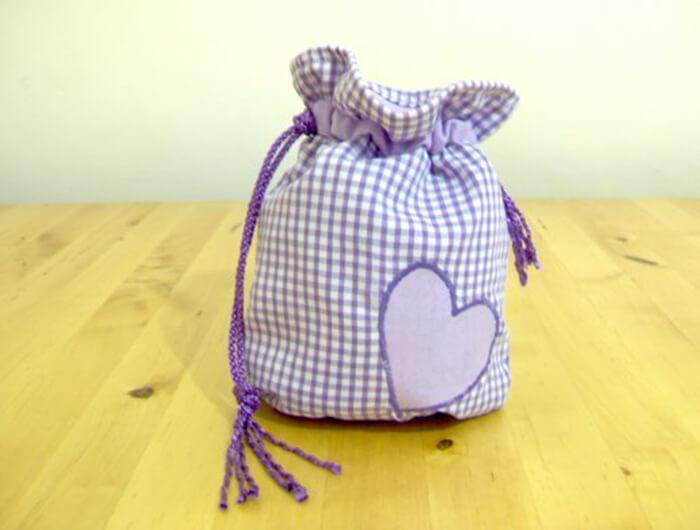 drawstring-bag-main DIY : Learn To Make Simple Drawstring Purse