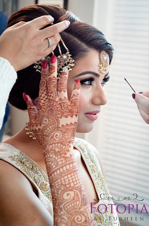 bridal-mehndi-designs-collection-2016-2017-for-wedding-brides-Outstanding Bridal Mehndi Designs For Your Wedding Day