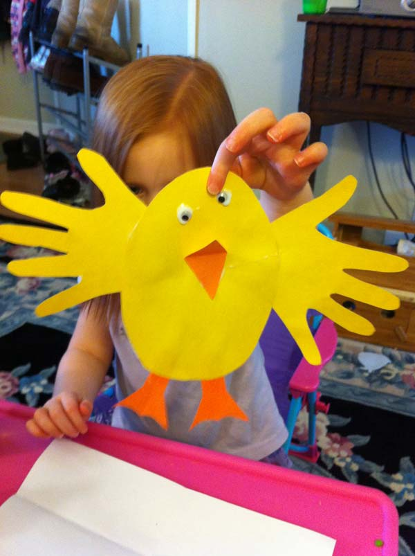 Easter-chick-Crafts-for-Kids DIY Cute and Creative Easter Crafts For Kids