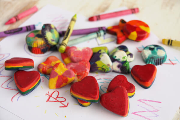 Muffin-Tin-Crayons 30+ Easy Valentine's Day Crafts for Kids