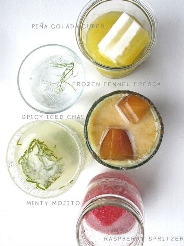 Make-crazy-interesting-cocktails-with--ice-cube-k4craft Clever DIY Projects: Creative way to Use of Ice Cube Tray