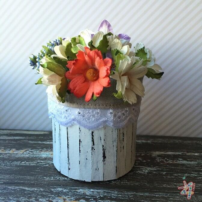 potato-chips-in-a-nice-casket-How to make a decorative flower pot of chips cans