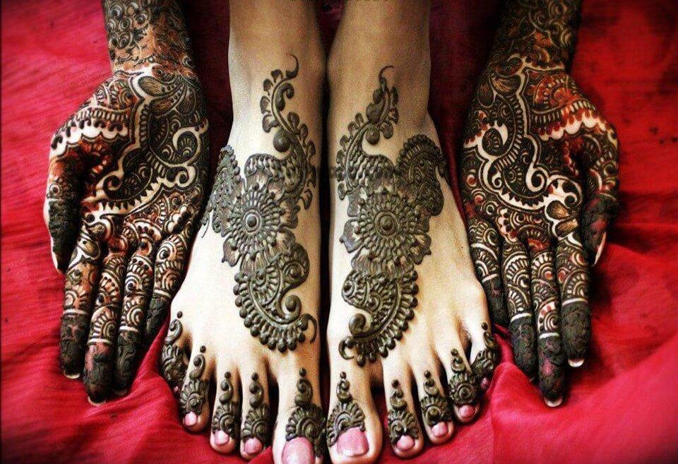 Beautiful Arabic Mehndi Designs: Full Hands and Feet