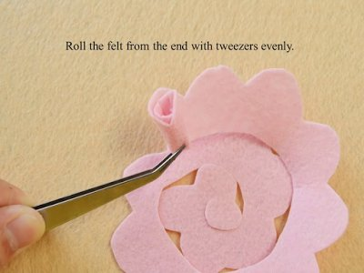 DIY Pink Felt Rose Flower Wind Chimes for Home Décor
