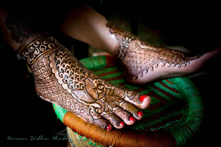 Maharani mehndi design Arabic mehndi designs at both front and back of the palm