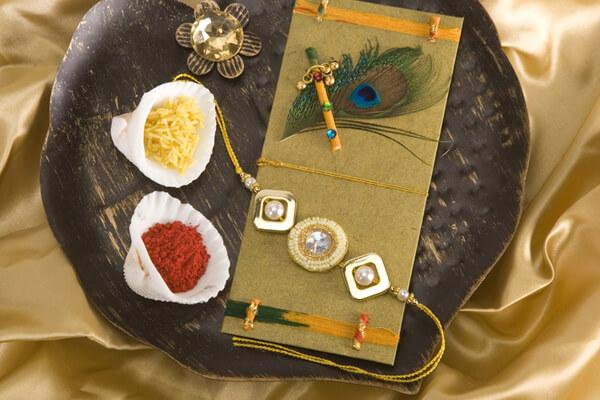 Best Ways to decorate Thali for Rakhi at Rakshabandhan
