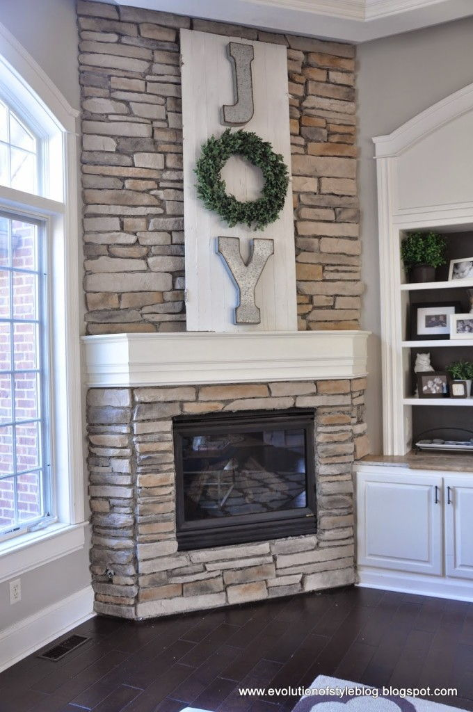 A High Impact And Low Budget Holiday Mantel  Easy to Make DIY Home Decorating Ideas