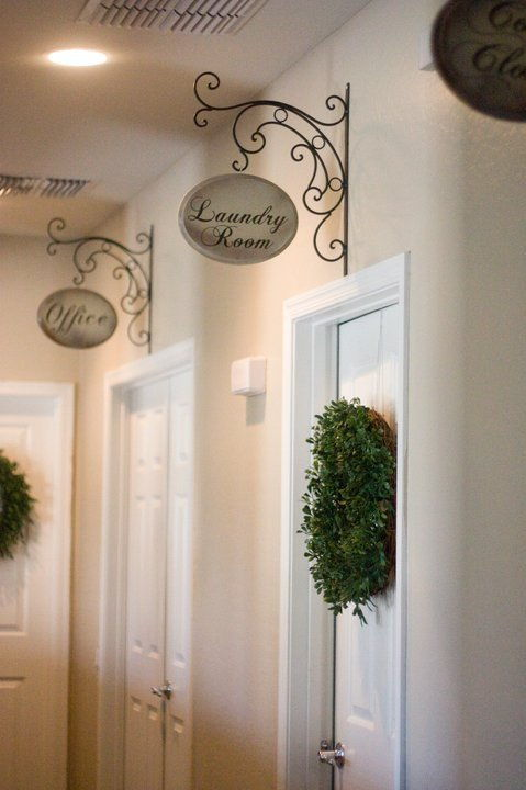 DIY Beautiful Hallway Signs Easy to Make DIY Home Decorating Ideas