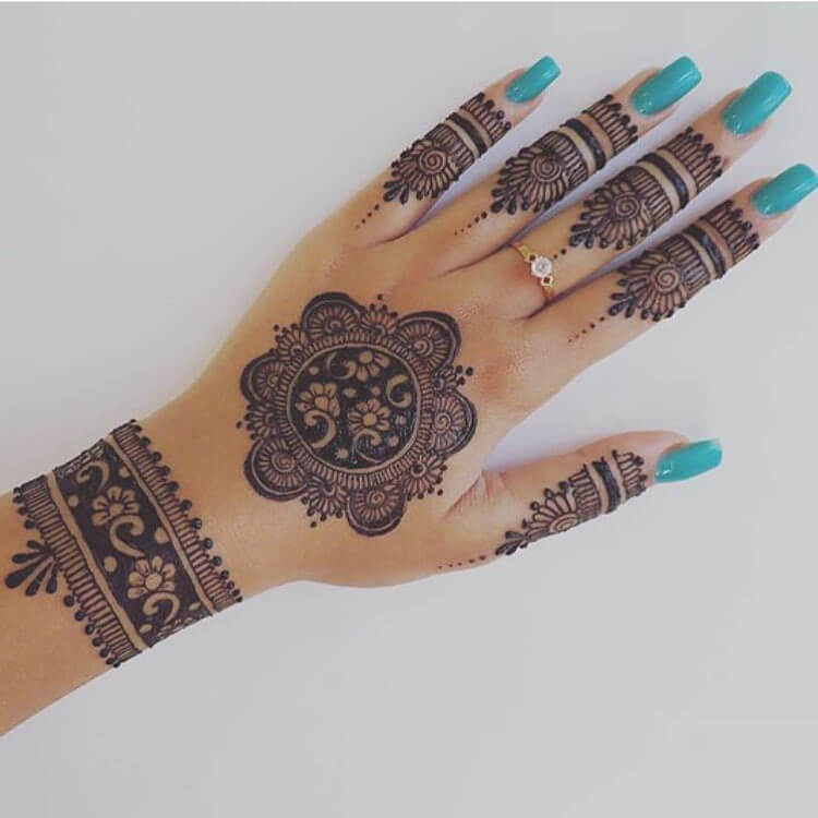 Stylish Mehendi Designs For Hands To Inspire You