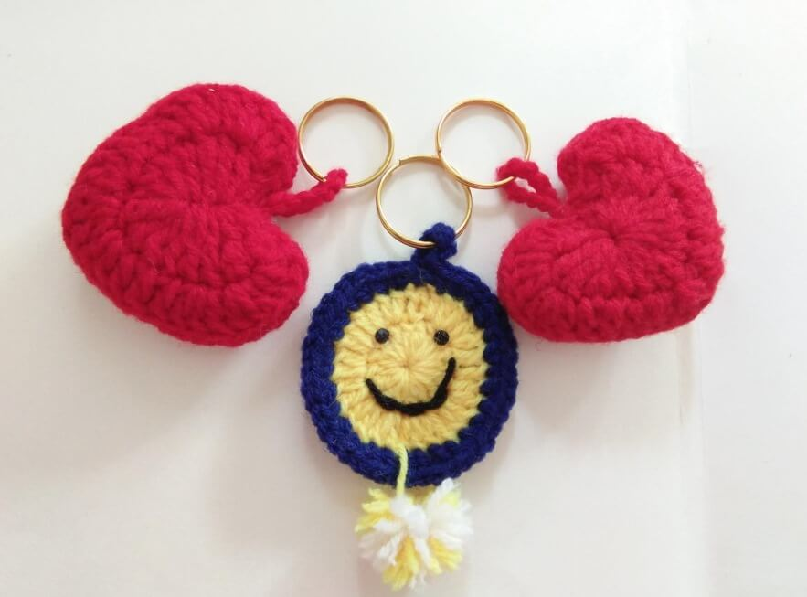 Heart Shaped, Smiley Face Woolen Key Chain Valentine's Day Handmade Craft Ideas