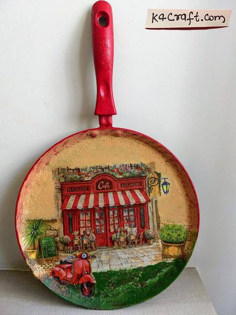 Old Pan Decoration Women's Day Crafts