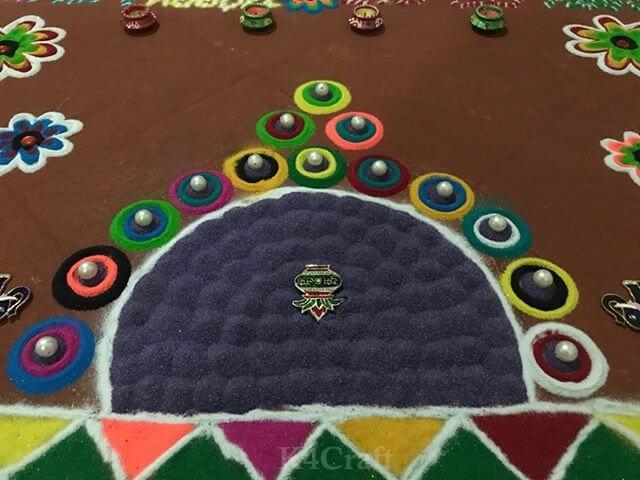 Wall edge Rangoli design - Beautiful Rangoli Designs And Patterns For 2020