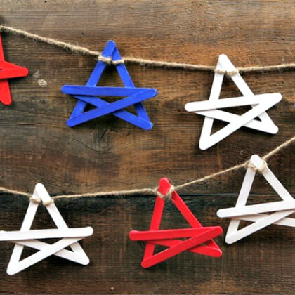 Stars - Popsicle stick crafts Christmas Easy Popsicle Stick Crafts & Activities for Kids