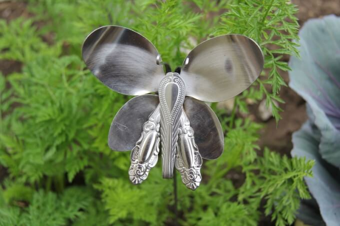 Metal butterfly clanks! Cute Butterfly Crafts and Art Activities for Kids
