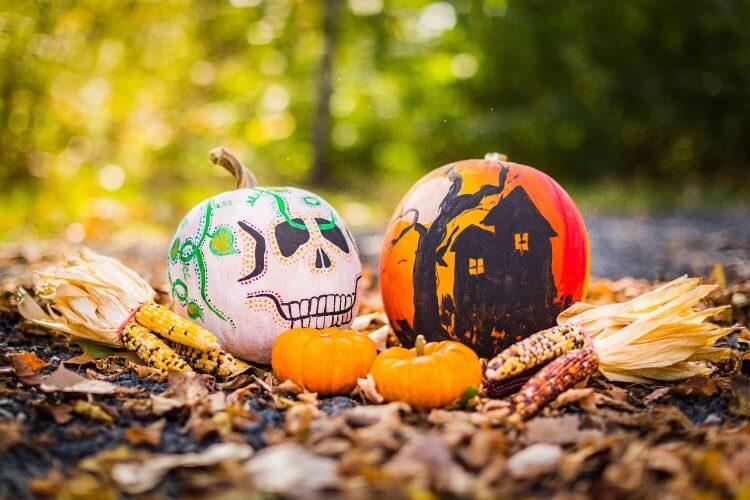 Spooky pumpkin DIY