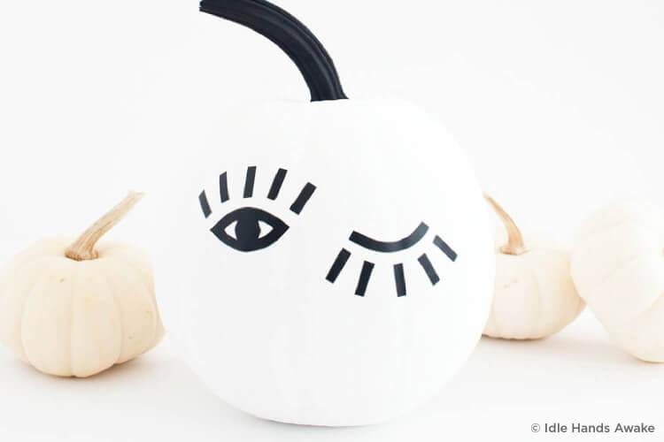 Closed and open eye pumpkin
