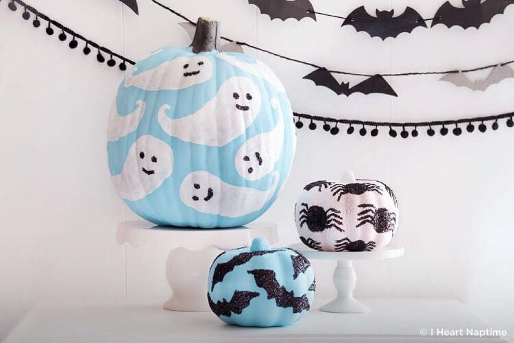Ghostly pumpkin DIY