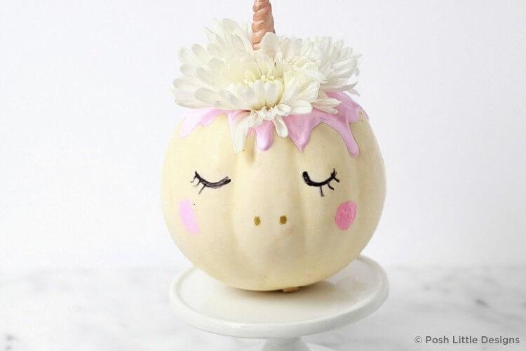 Sweet unicorn look