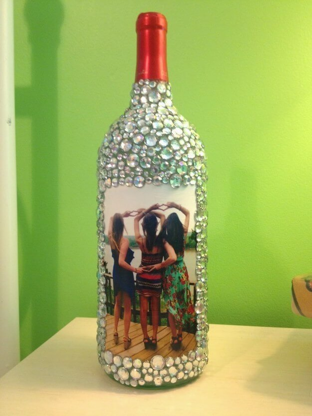 Photo frame craft Old Wine Bottles Crafts for Home Decor