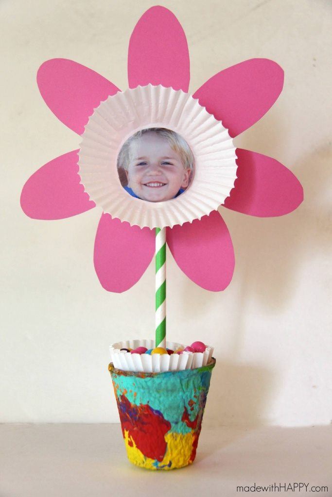 Flower Greetings - Mother's Day Craft Ideas For Kids