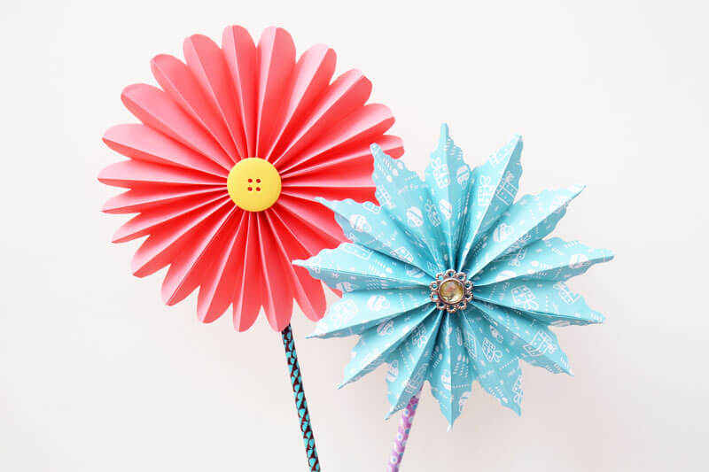 Flowers from paper folding techniques