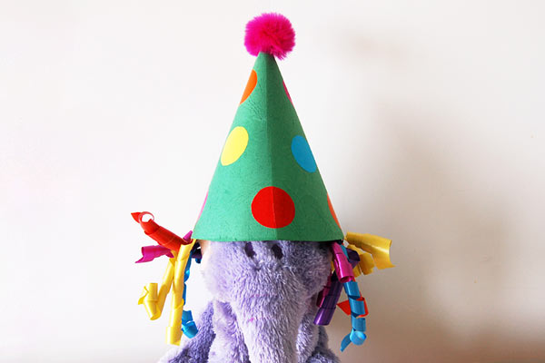 Beautiful Cone DIY party hat for toddlers