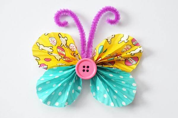 Butterfly spring craft for toddlers