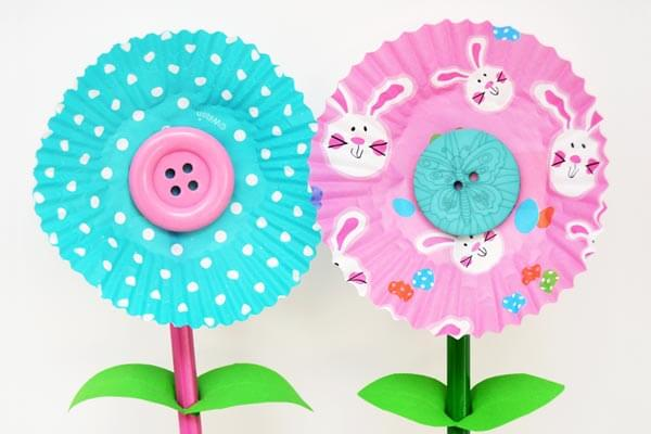 Cupcake liner flowers for preschool kids