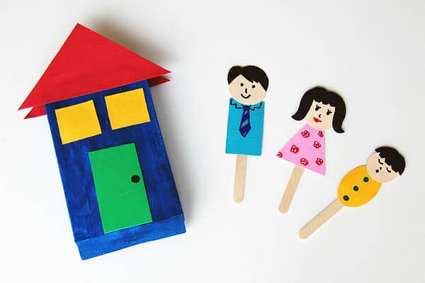 Recycle Crafts For Kids- Family Stick Puppets