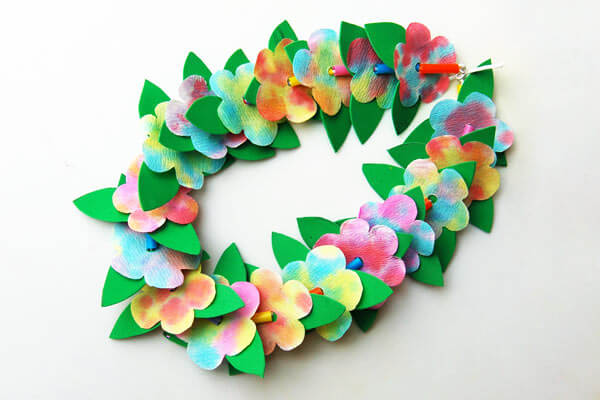 Wreath of flowers Spring Craft Ideas for Kids with Easy Tutorials
