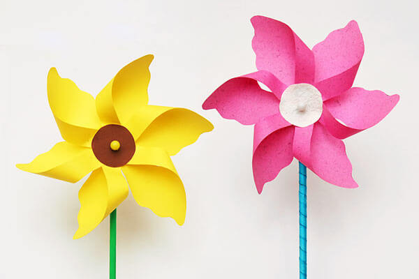 Windmill spring craft for toddlers aged 2