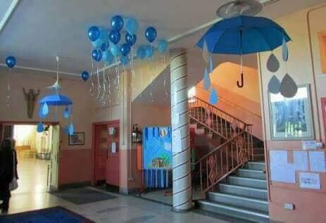 Rainy Season Theme Classroom Decoration Ideas for School - Balloons And Raindrops Decor Ideas