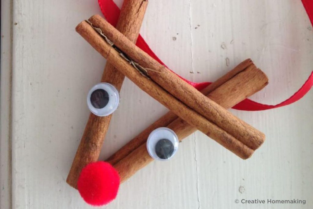 Cinnamon roll Christmas Crafts for kids Easy Christmas Craft Ideas for Kids