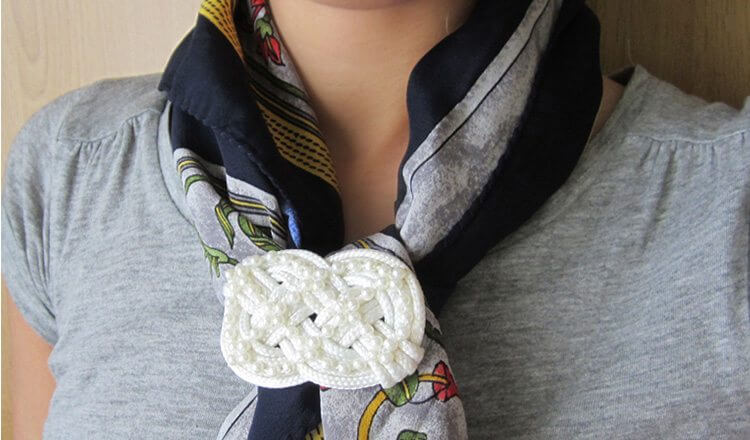 Scarf brooch by crochet Mother's Day Craft Ideas for Kids