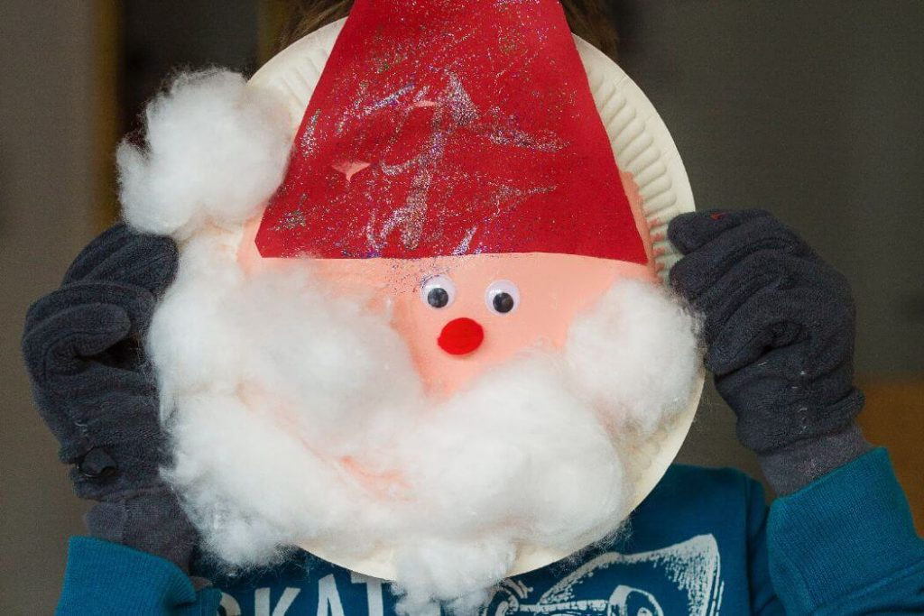 Paper plate Santa mask Crafts for Christmas Easy Christmas Craft Ideas for Kids