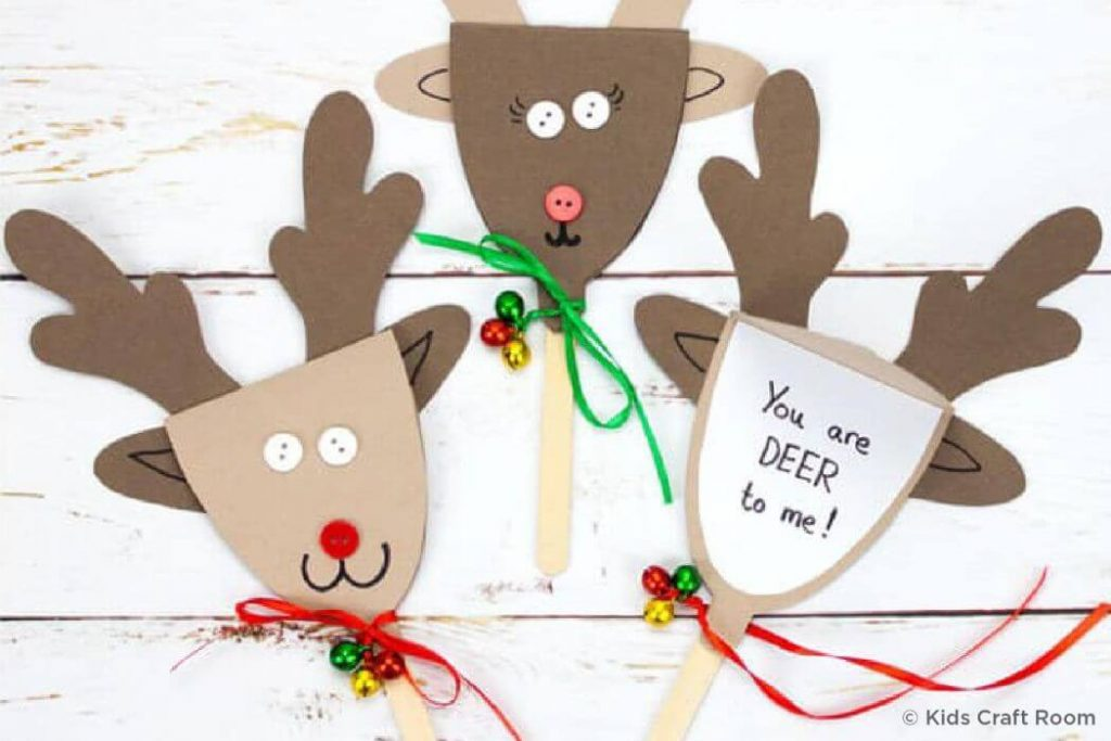 Brown paper reindeer Christmas Crafts for kidsEasy Christmas Craft Ideas for Kids